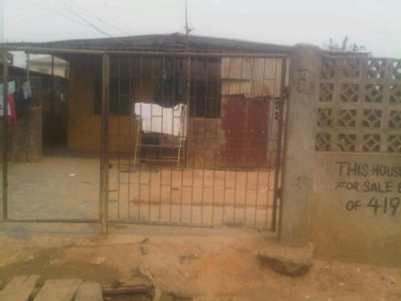 The house at Wahab Close in EJigbo Lagos State, where a pastor named Victor ran out naked | PM News