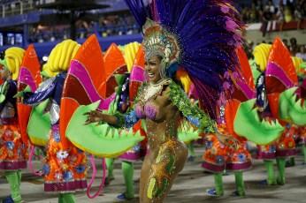 rio-carnival-2016-uniao-da-ilha-do-governador (8)