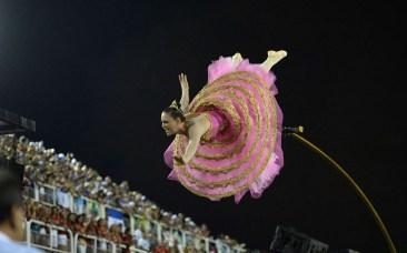 rio-carnival-balle_2841177k