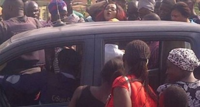 Nollywood actress, Mercy Aigbe at the scene of the alleged police harassment in Osogbo, Osun State.