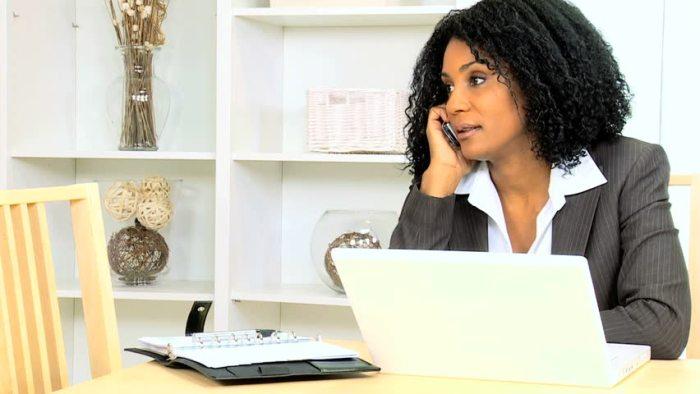 essay laptop writting woman