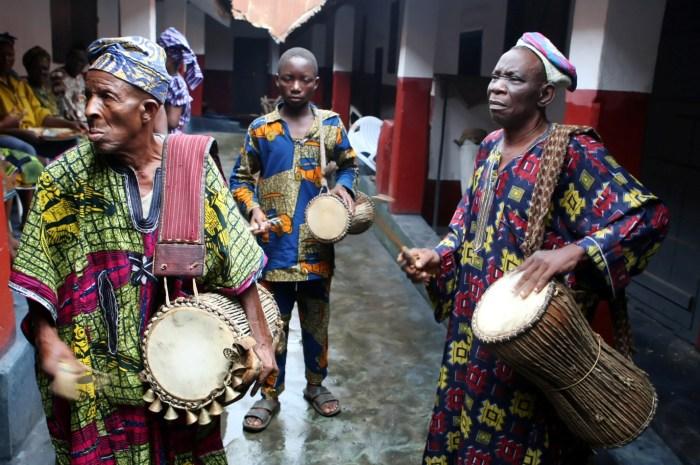 Yoruba talking drum players | Observe Nigeria