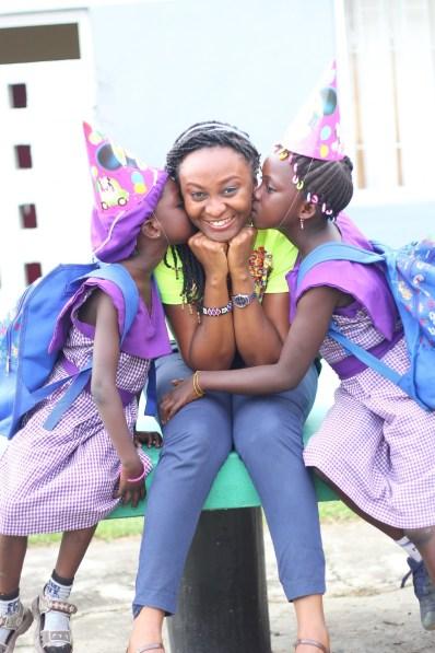 The-kids-with-one-of-Slum-2-Schools-volunteers_Fotor