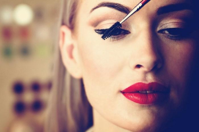 makeup beautiful woman