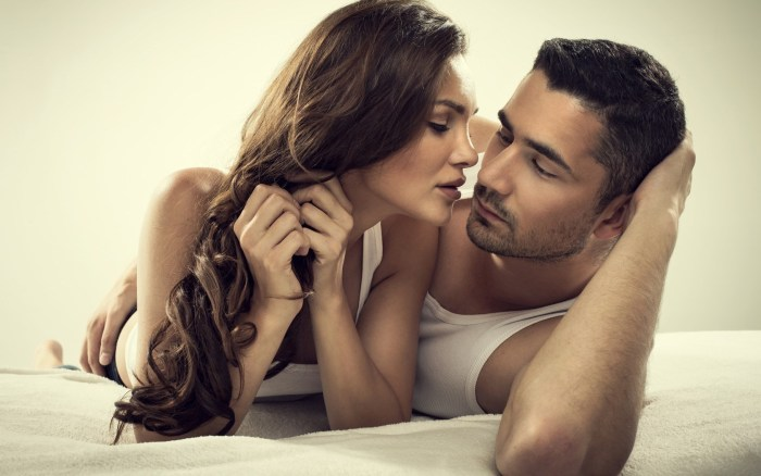 sex men diseases women hear Romantic couple kiss man