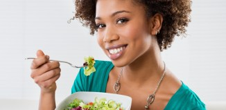 diet foods women eating weight woman eating vegetables