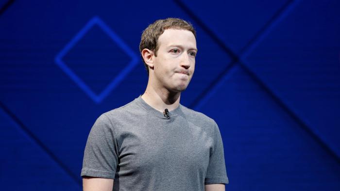 Mark Zuckerberg, Facebook, Warren Buffett, Bernard Arnault