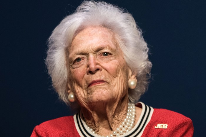 Barbara Bush, Ill, Hospital, Medical, Treatment