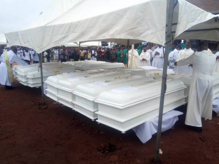 Christians Christian Caskets of the 2 Roman Catholic priests and 17 parishioners murdered by Fulani herdsmen in Benue on Tuesday, May 22, 2018 in Makurdi as they are given a mass burial| Twitter