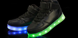 led light up shoes