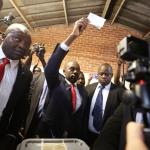 Zimbabwean oppostion Movement for Democratic Change (MDC) leader Nelson Chamisa casts his ballot in the country's general elections in Harare, Zimbabwe, July 30, 2018. REUTERS/Mike Hutchings