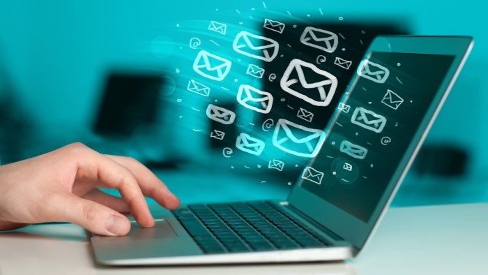 email marketing laptop system digital email marketing