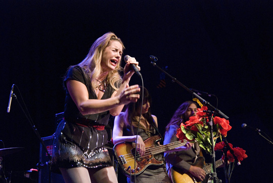 Grace Potter belts out a lead with bassist Catherine Popper and rhythm guitarist Benny Yurco in the background at the Infinity Music Hall on Jan. 20.