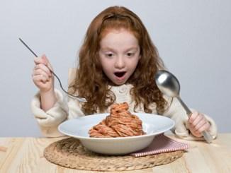 παιδική παχυσαρκία τι είναι και τι πρέπει να κάνουν οι γονείς