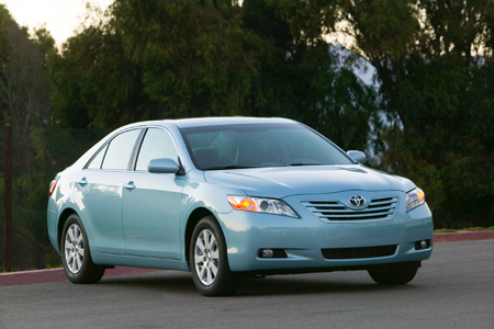 toyota camry le review the truth about cars. Black Bedroom Furniture Sets. Home Design Ideas