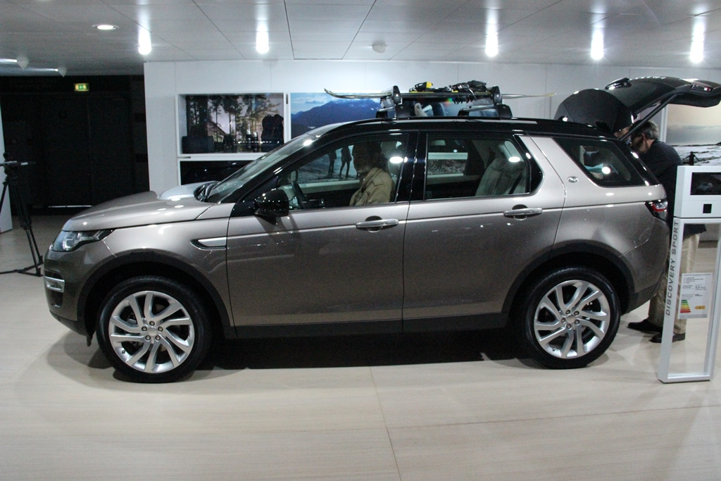 Paris 2014 Land Rover Discovery Sport Arrives The Truth