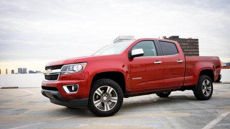 2015 Chevrolet Colorado front side 1