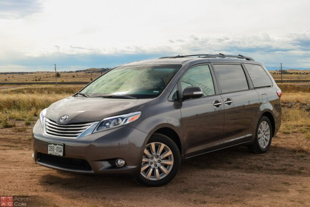2015ToyotaSienna_(1_of_3)