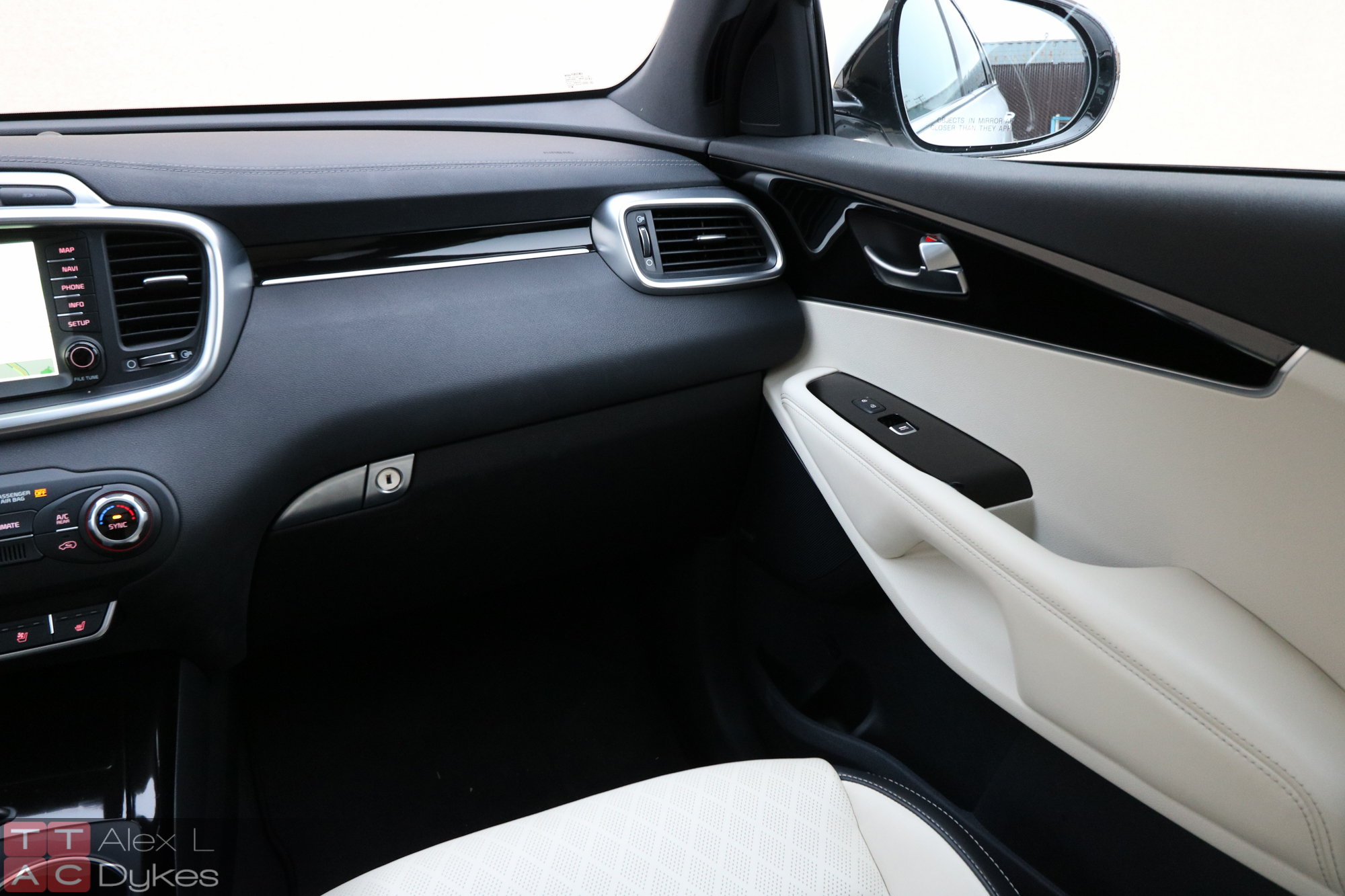 2016 Kia Sorento Limited Interior 009 The Truth About Cars
