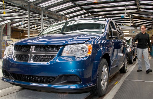FCA Windsor minivan assembly Dodge Grand Caravan 2011 - Image: FCA