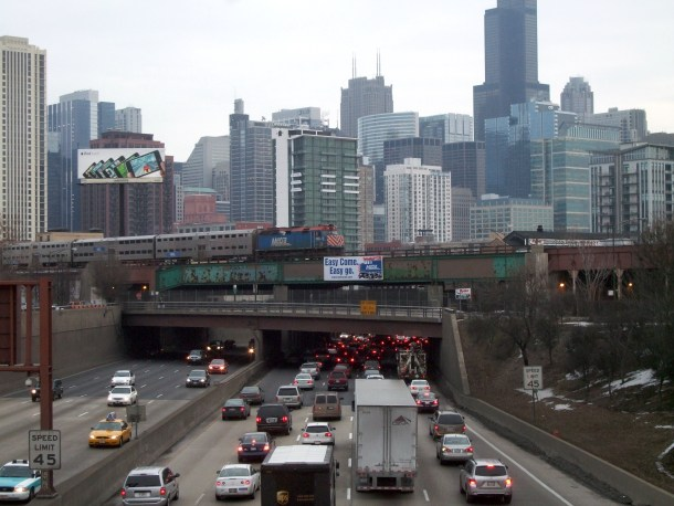 kennedy_expressway_and_metra