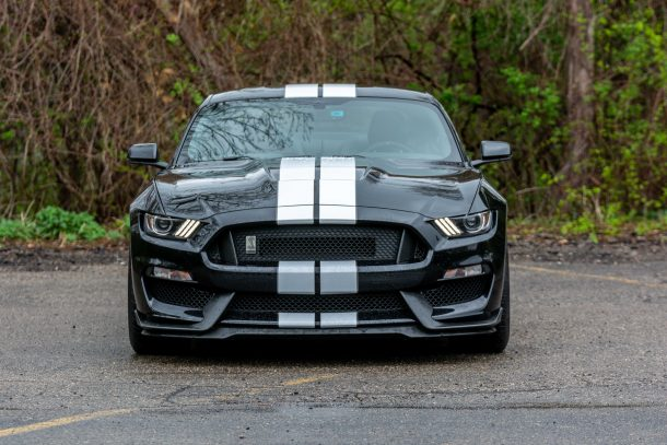 2019 Ford Mustang Shelby GT350 Shadow Black front