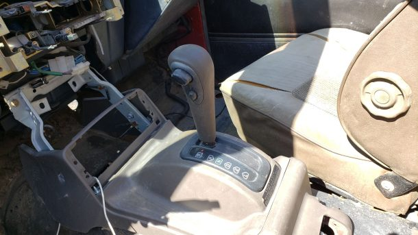 1987 Dodge Raider in Colorado junkyard, automatic gearshift - ©2020 Murilee Martin - The Truth About Cars