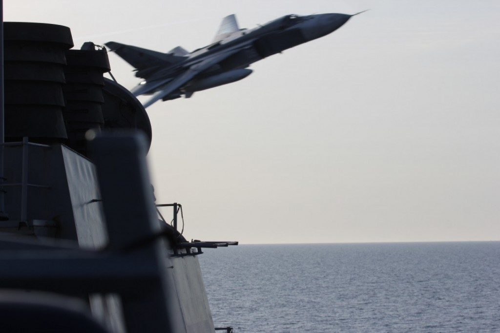 Russian Su-24 conducts simulated strike on USS Donald Cook. Click to enlarge