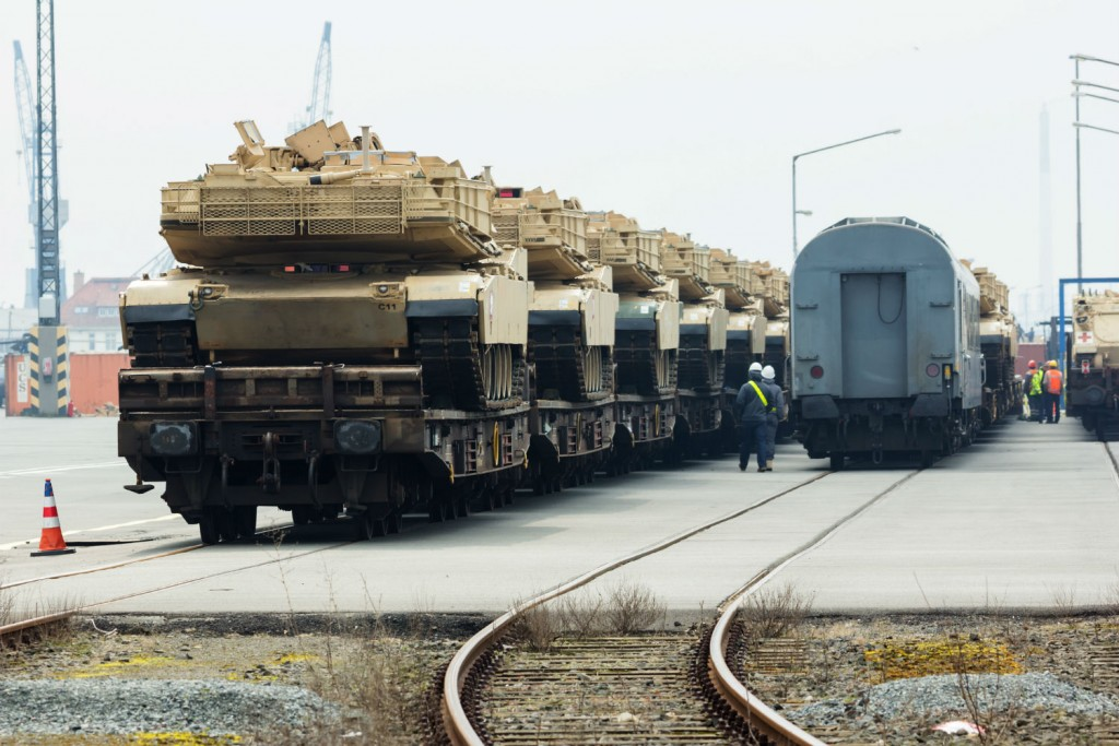 US tanks prepare to move out from the German port of Bremerhaven. Click to enlarge