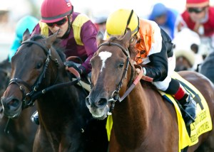 Chiropractor (yellow hat) edges March to win the Hollywood Derby (gr. I) at Del Mar - © Benoit Photo