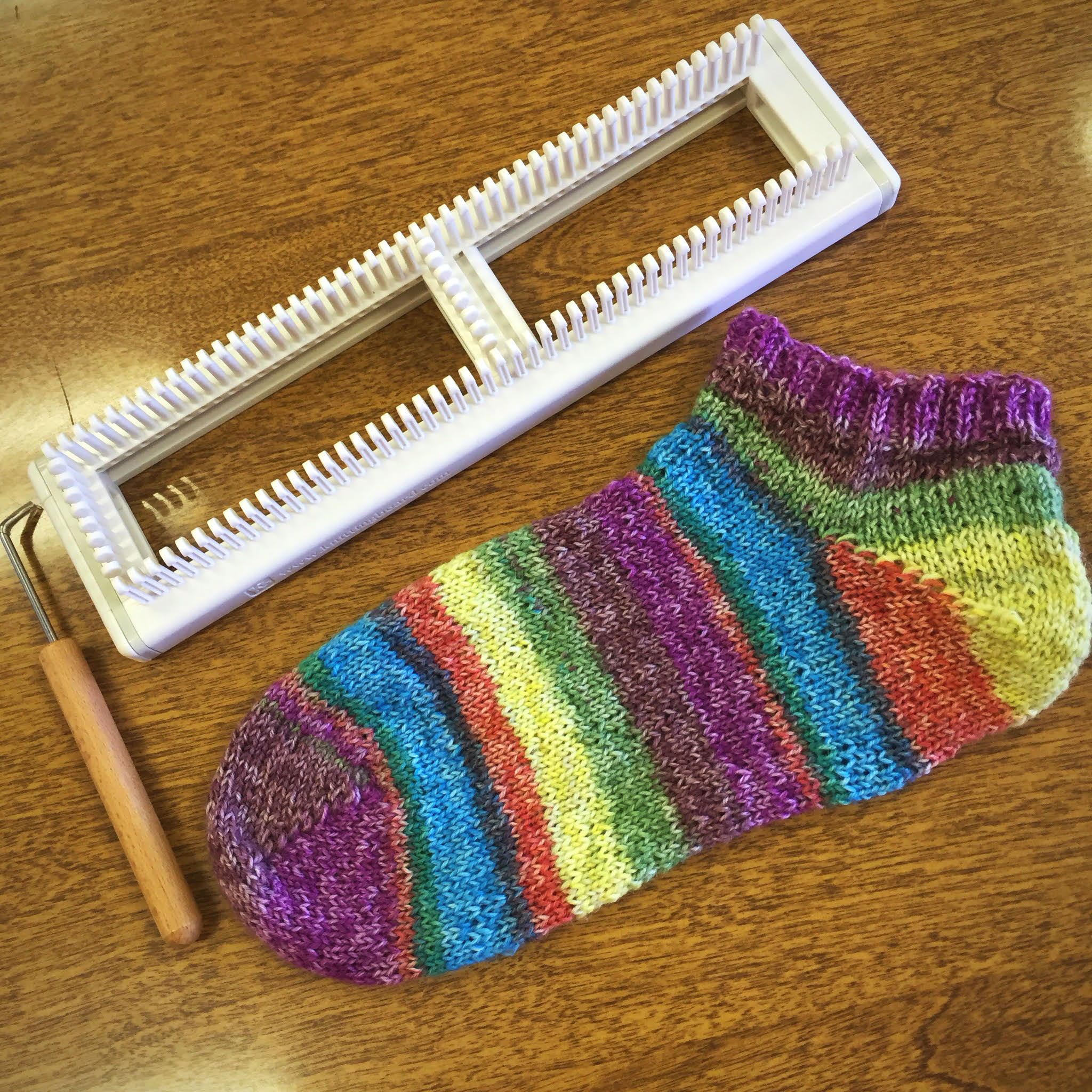 Learn to Loom Knit Sock Class - Twisted Purl