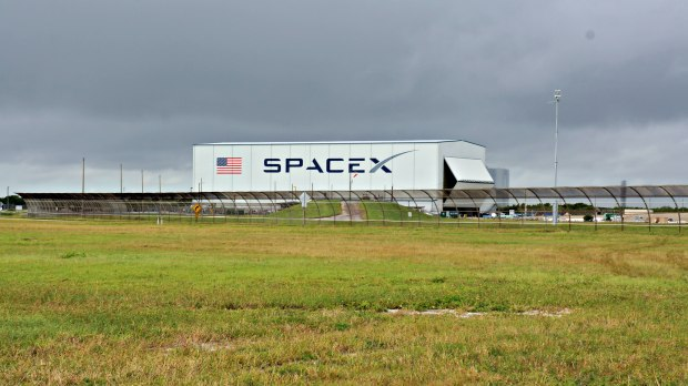 Space X, Kennedy Space Center