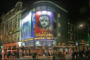 Musical_LesMiserables_300_200