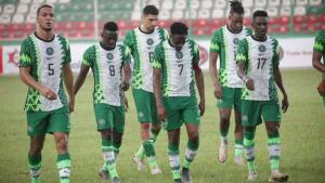 Super Eagles players looking dejected after their 4-4 draw against Sierra Leone at the Samuel Ogbemudia Stadium in the first leg of the AFCON qualifiers.