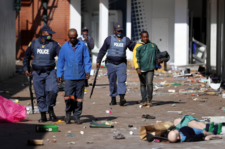death toll rises to 32 in south africa protest