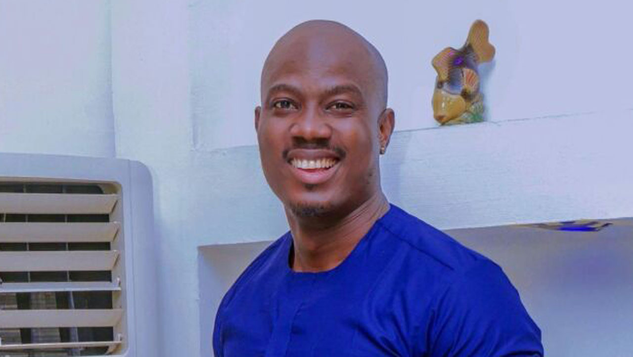 MOMODU: A Touch Of Simple, Class Makes Me A Ladies' Man