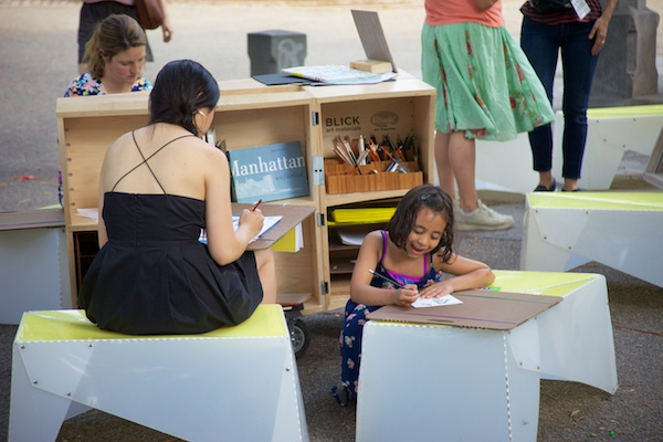 Draw at the Uni, Sunday, Brooklyn Bridge Park