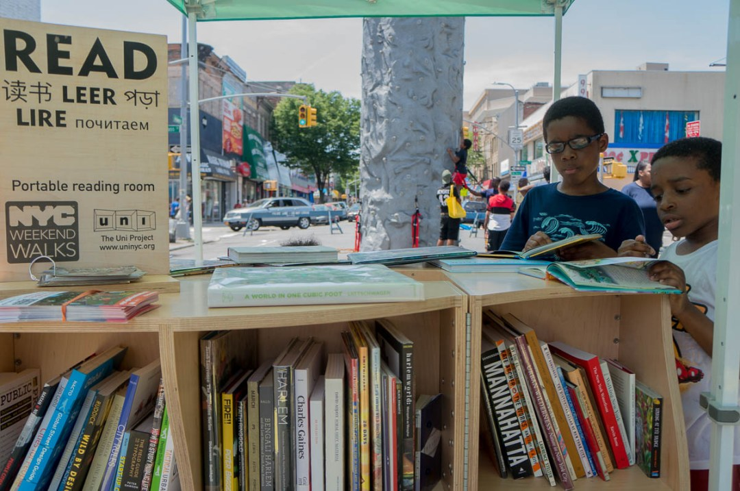 2017-06-The Uni portable reading room on Pitkin Ave in Brownsville, Brooklyn.