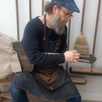 Episode 867 – From Fingerboard to Neck Shape