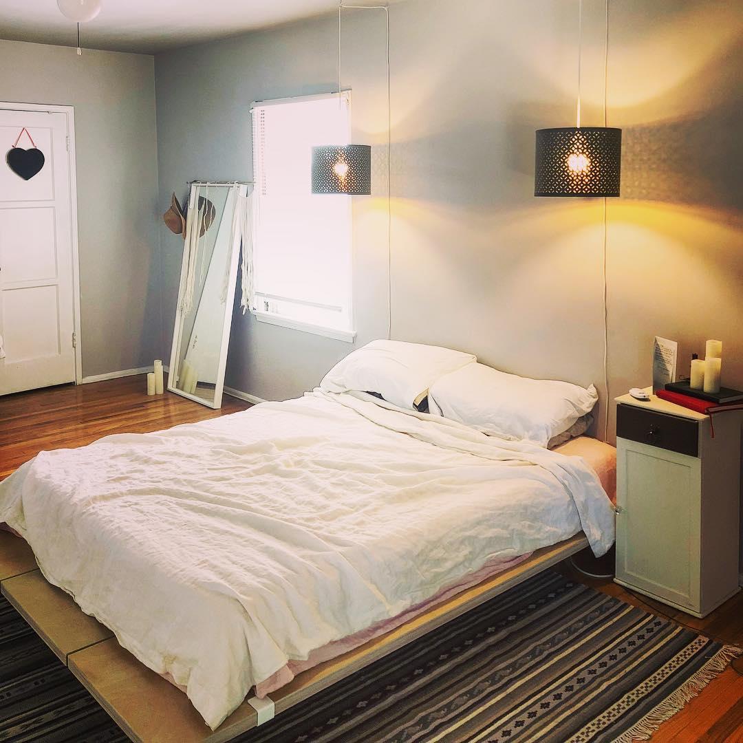 White platform bed design ideas