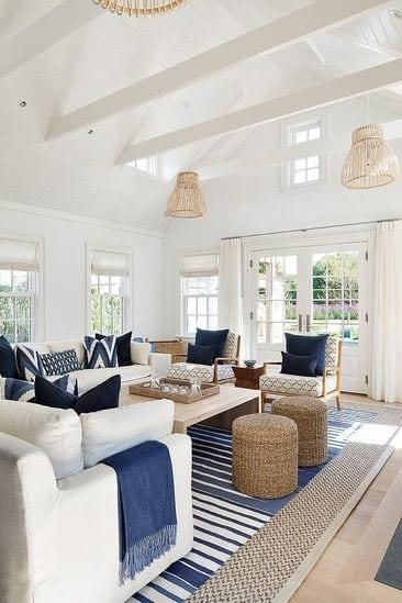 Blue and white living room decor ideas