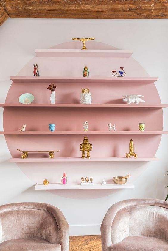 Circular bedroom shelves