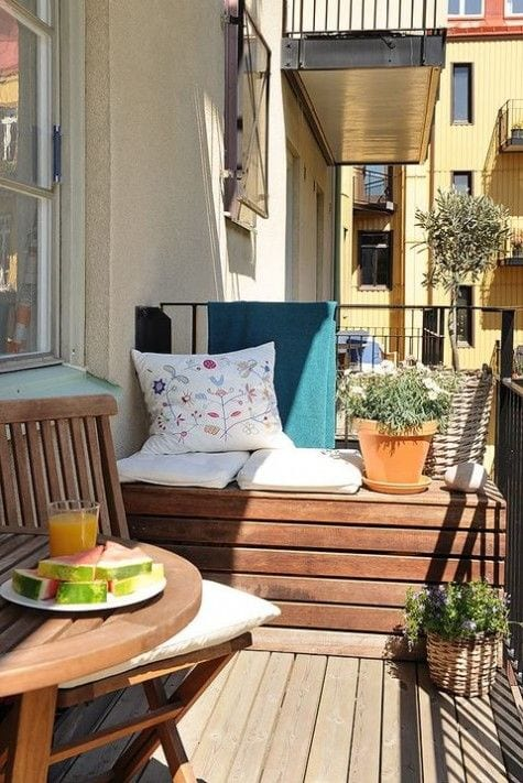 Cozy Small Balcony Design