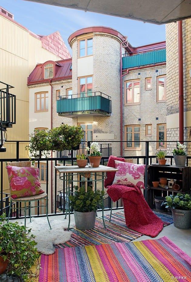 Modern Balcony Garden Ideas