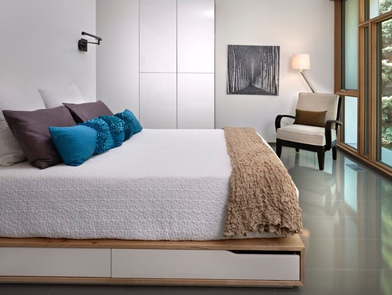 Small Bedroom Ideas With Storage Bed