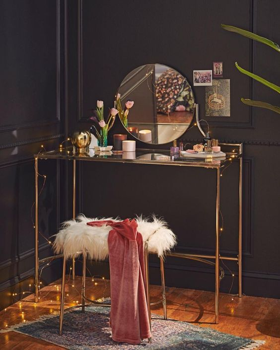 Simple Yet Classy Round Mirror, Makeup Table, Chair and Lights