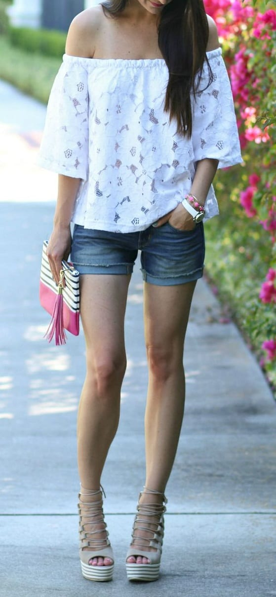 how to wear wedge sandals on shorts