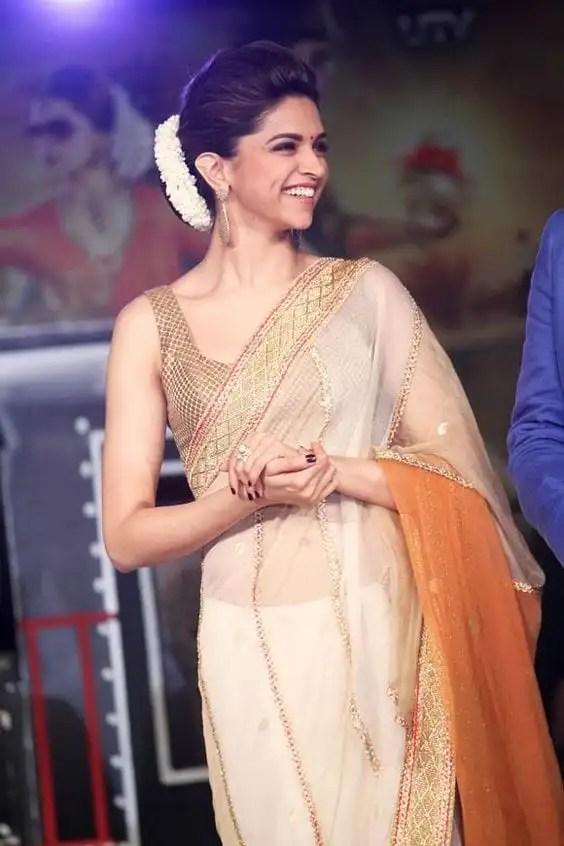 deepika saree look 2018