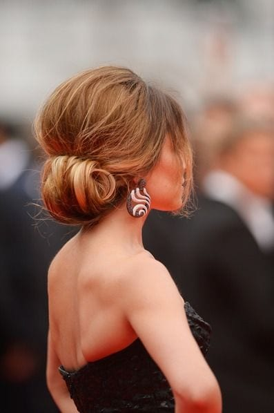 low chignon messy look