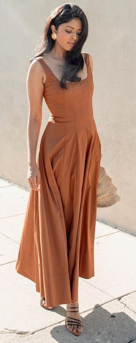 Casual Summer Dress in neutral shades
